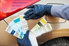 Dobieranie koloru farby do lakieru